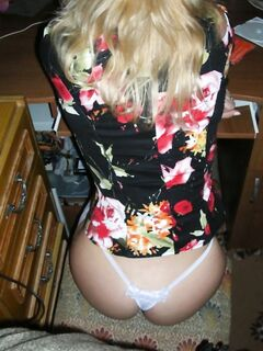 Секс от первого лица с позитивной девушкой в комнате - секс порно фото