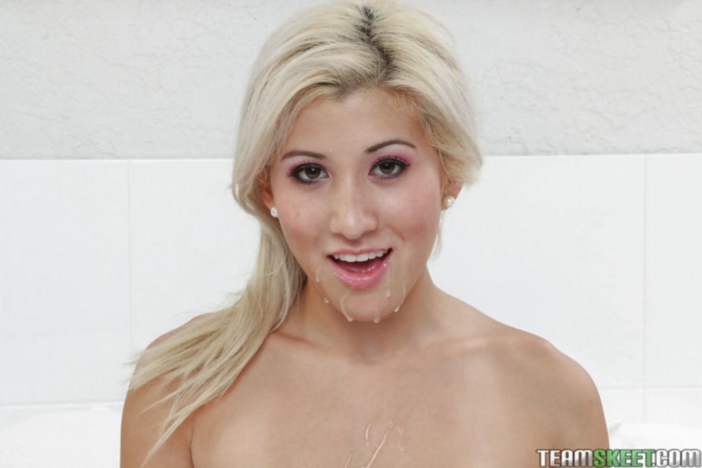 Cristi Ann с большими сиськами умывается спермой после секса - секс порно фото