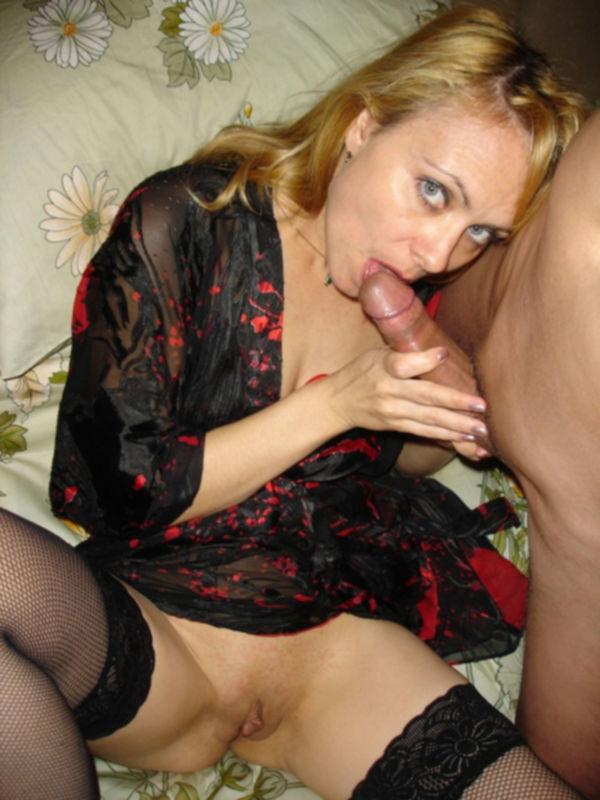 Зрелая блонда отдается ему анально - секс порно фото