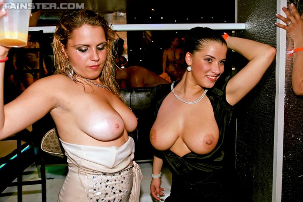 Девичник в кабаке со стриптизерами перерос в безумную оргию - секс порно фото