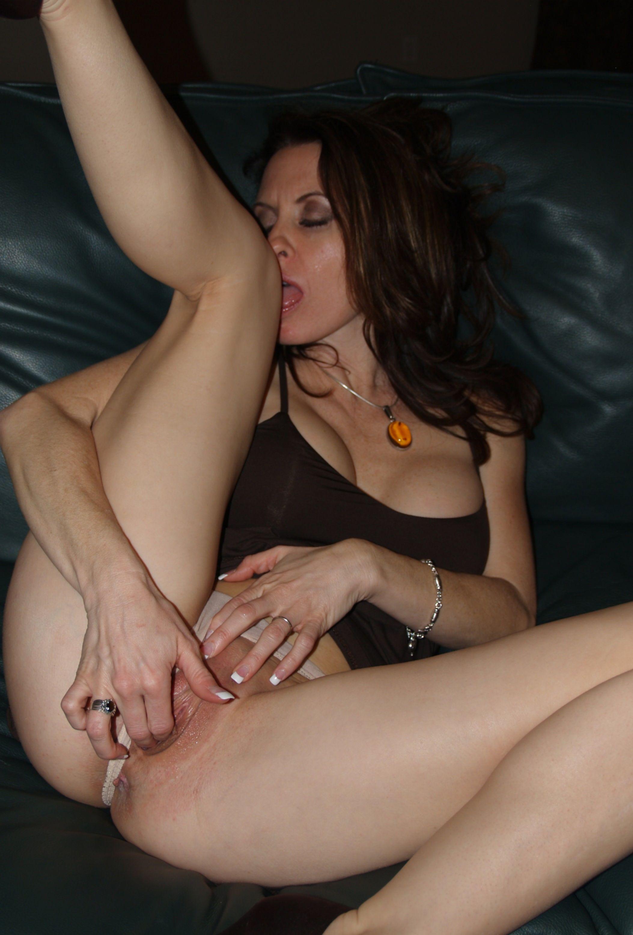 Подборка голых пилоток красивых особ - секс порно фото