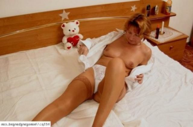 Групповой секс с рыжей мамочкой - секс порно фото