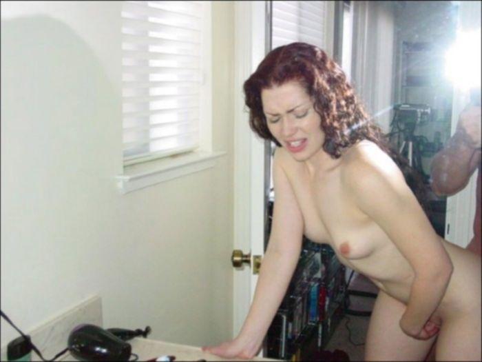 Кавалер трахает бабу во влагалище и в ротик глубоко - секс порно фото