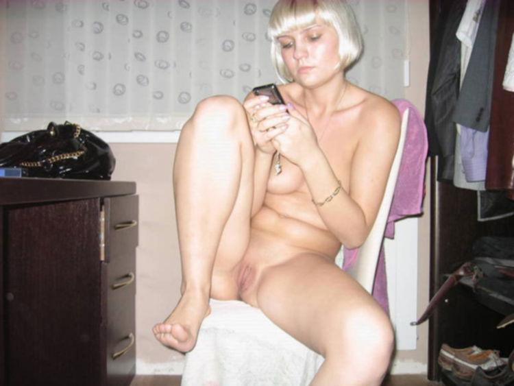 Личные снимки русской невесты с развратным нравом и большой попой - секс порно фото